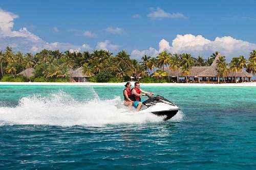 Veligandu Island Resort veliganduwatersports4.jpg