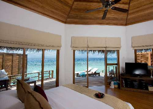 Kuramathi Maldives 030-water-villa-with-jacuzzi.jpg