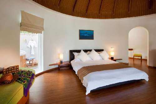 Kuramathi Maldives kuramathi-superior-beach-villa-with-jacuzzi.jpg