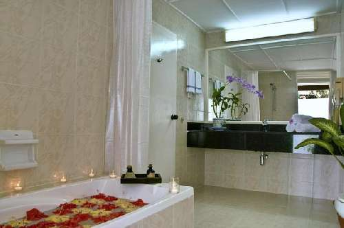 Holiday Island Resort standard-room-bathroom-4.jpg